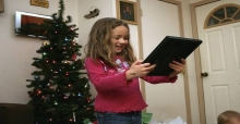 Best Christmas presents ideas 2013 for tech gadgets lovers