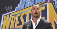 The Rock helps Roman Reigns to Royal Rumble 2015 win