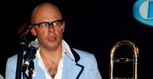 Harry Hill hits the road