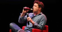 Jamie Oliver ticks off the poor about their eating habits