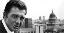 The Professionals actor Lewis Collins dies aged 67