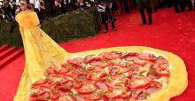 Best Memes of Rihanna's Met Gala 2015 Dress | Photo Gallery