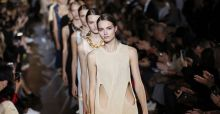 Stella McCartney collection for spring summer 2015 at Paris Fashion Week 2014 | Photo Gallery