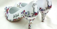 Bespoke hand painted shoes: an increasingly trendy accessory