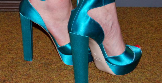 How To Walk In Heels All Day Without Pain