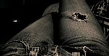 Ripped jeans: a DIY fashion guide