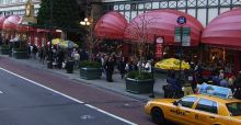 Hurricane Sandy won't affect Christmas shopping in New York
