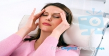 How to manage living with migraines