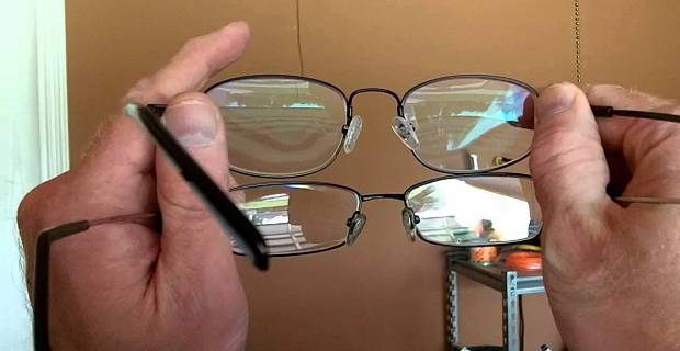 how to clean eyeglasses properly