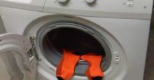 Why do socks disappear in the washing machine?