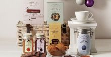 Harrods Christmas hampers for gourmet lovers