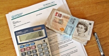 How to use an income tax calculator