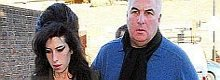 Mitch Winehouse to write Amy Winehouse memoirs