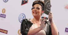 Caro Emerald goes Dutch in the UK charts