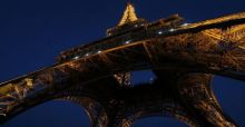 American Composer plays the Eiffel Tower as a musical instrument