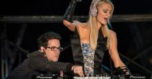 Paris Hilton set to release new EDM album. Music dies a little more inside