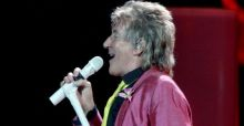 Rod Stewart tops album chart again after 34 years