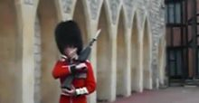 Queens guard raises rifle at harassing tourist | video