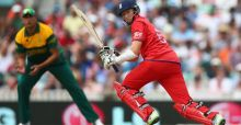 England head for Champions Trophy final