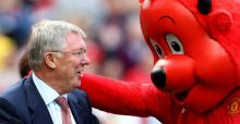 Sir Alex Ferguson retires as Manchester United boss