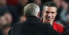 Ferguson acclaims Van Persie as United secure title
