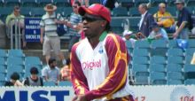 Gayle's West Indies crush England