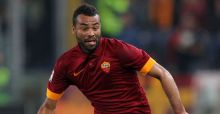 Ashley Cole punched 3 times by Playboy model Carla Howe