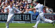 England crush dismal Australians in Lord's Test