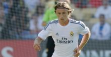 Moyes eyes Modric for Manchester United