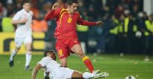 England struggle to draw in Montenegro