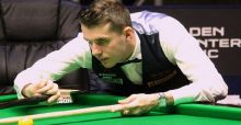 Snooker Champion of Champions 2013: Selby and Bingham Through