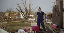 Monster tornado hits Oklahoma City